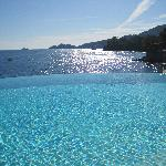 Infinity pool with view of Portofino