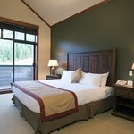 First Tracks Lodge Bedroom
