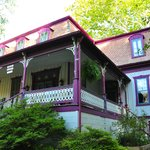 ‪Manor Inn Bed & Breakfast‬