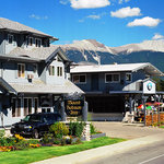 Mount Robson Inn downtown Jasper
