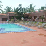  Swimming Pool and Rooms view
