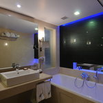 The_Fern_Ahmedabad_Bathroom with bathtub