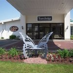 Travelodge Inn and Suites, Latham Circle