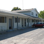  External view of Stone Fountain Motel