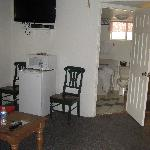 Photo de Barewood Inn & Suites