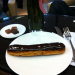 Best Chocolate Eclair in Paris
