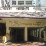 The BJ Holiday Lodge resmi