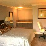  Hammond Executive Suite- Master Bedroom
