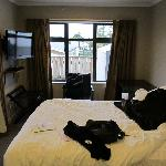 Main bedroom, fabulously comfortable beds!!