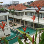 Bali Court Hotel and Apartments resmi