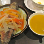 If you can handle the fish head and fish tail, this soup is heaven.  Made with papaya and white