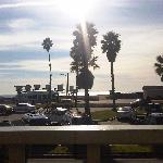 Photo de Travelodge Ocean Front