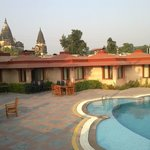 Orchha Resort garden