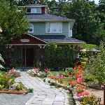 Foto de A Scented Garden Bed and Breakfast