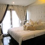 The Boutique Bed & Breakfast resmi