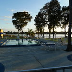 Foto di Howard Johnson Express Inn & Suites Lake Front Park