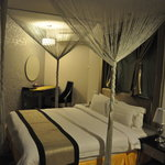 Shervinton Executive Boutique Hotel resmi
