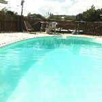 the lovely pool :)