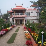 Rater Tara Diner Rabi Guest House
