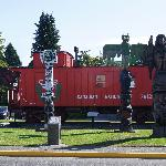 train & totem in downtown Duncan