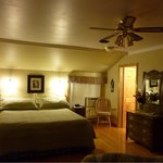 Foto de Oakwood Manor Bed and Breakfast