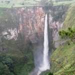 Sipisopiso Waterfall