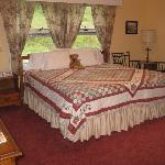  Another one of our guest rooms