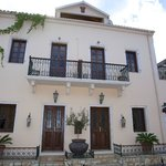 Faros Suites