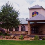 BEST WESTERN Grand River Inn & Suites