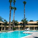 Фотография Days Inn Bakersfield