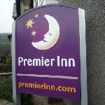 Photo de Premier Inn Kendal Central