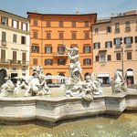 Fountain of Neptune in Piazza Navona - Image of Tiber Limo Rome, Italy