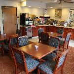 Photo de Baymont Inn & Suites Rolla