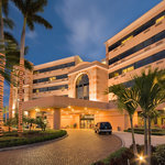 Exterior - DoubleTree by Hilton West Palm Beach PBI Airport Hotel