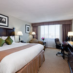 ‪BEST WESTERN Plus Rockville Hotel & Suites‬