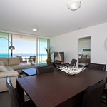 ‪Kirra Surf Apartments‬