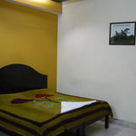  Shiv Shankar Hotel