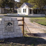 ‪Hill Country Equestrian Lodge‬