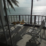 Breakfast at the balcony next to the ocean - isn't it cool?