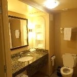Foto van Holiday Inn Express Hotel & Suites Fresno Northwest-Herndon