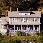‪Marshall House Bed and Breakfast‬