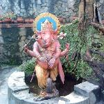 Ganesh  idol  at  the  entrance