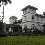 Manor House Kandy resmi