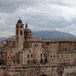  panorama di Urbino e Palazzo Ducale