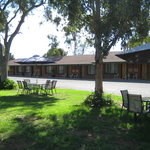 ‪GreenAcres Motel‬