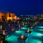Foto de Sharq Village and Spa Hotel Operated by The Ritz-Carlton Hotel Company, B.V.