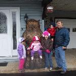  This was Pappy and our 4 grand kids on a cute owl carving outside the motel