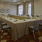 Hyatt Regency Long Island resmi