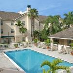 Homewood Suites by Hilton Ft Myers @ Bell Tower
