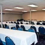 Фотография Econo Lodge Inn & Suites Chillicothe